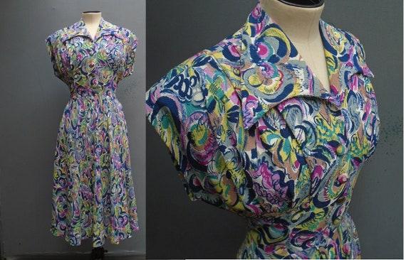 Superb Vintage 1940s Dress Bold Floral Novelty Pri