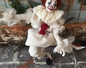 13c6bd83935b Pennywise la bambola del pagliaccio di Dancing