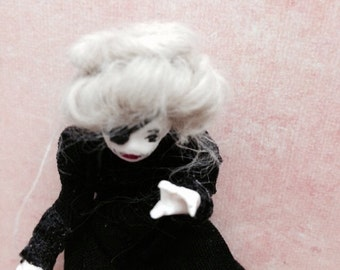 Witch from Big Fish by Tim Burton miniature collectible Halloween Edition