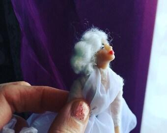 Omg Marilyn portrait doll