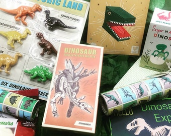 Dinosaur explorer box gift, birthday box gift, dinosaur lockdown gift, gift for boy, gift for girl, dinosaur gift, educational gift