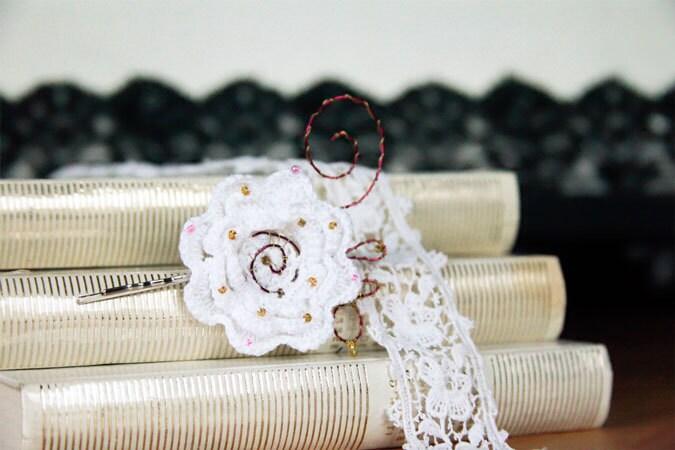 pince cheveux fleur au crochet perles et cuivre cotton etsy. Black Bedroom Furniture Sets. Home Design Ideas