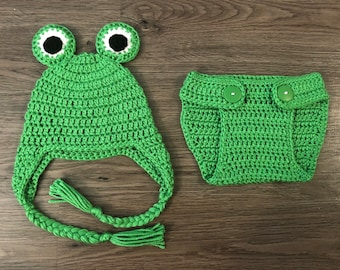 Crochet baby frog outfit with earflaps