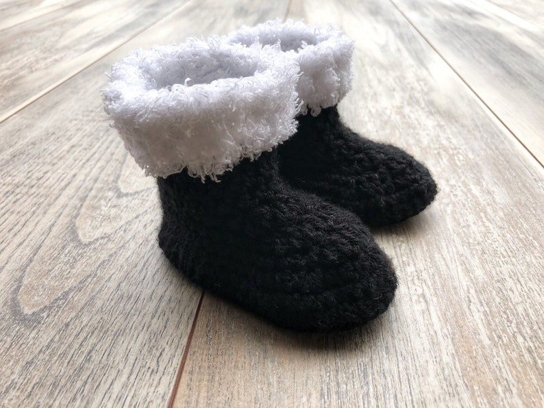 crochet baby boots Crochet Santa boots