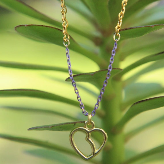 Ann Necklace - gold-plated kidney chain with purple and brass chain and kidney-heart charm