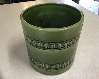 """a5e7c860647 Vintage Haeger green pottery planter vase Greek key design large round with  Haeger sticker 6"""" by 6"""" Haeger green pottery"""