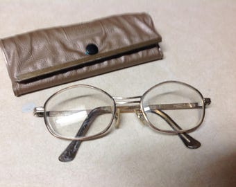 2f939a51bd72 Vintage Univision eyeware eye glasses and case 12k gold filled UF512 gold  frame eye spectacles with case
