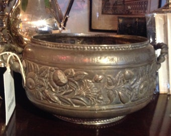 """Antique Silver Trophy Bowl, """"Won By The Ariadne 1889"""" - Infamous Yacht, Sailing Vessel"""