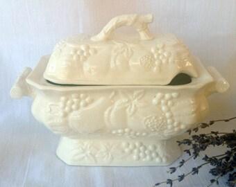 Vintage Nasco Bone China Gravy Boat