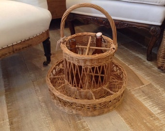 Pretty Wicker Wine Bar Bottle and Glass Serving Basket for the Patio Garden  - from France
