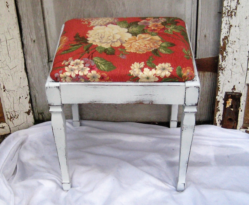 Antique Piano Bench, Storage Bench, White Distressed Bench, Coral Ivory  Upholstery, Cabbage Roses, Farmhouse Decor, One Of A Kind
