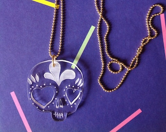 Necklace necklace necklace Calavera Plexi, tatou-sage collection. Laser-engraved cut plexiglass and ball chain. Mexican skull