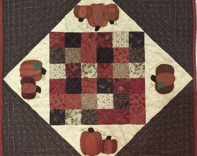 """Pumpkin Square Pattern designed by Red Button Quilt Co., 18 1/2"""" x 18 1/2"""""""