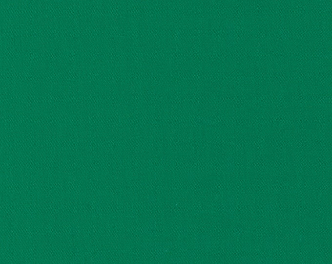 Jungle Paradise Bella Solids Emerald (9900 268) designed by Stacy Iest Hsu