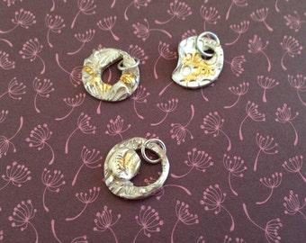 Silver necklace with pendant in finesilver and finegold, beautiful shape, elegant pendant, unique jewelry design