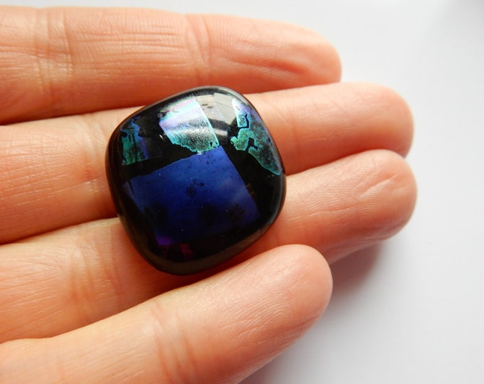 Dichroic glass pendant a real eye-catcher
