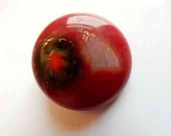 Beautiful glass pendant a real eye-catcher