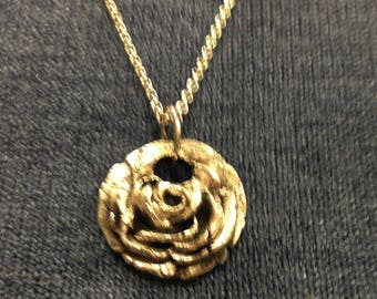 Sterling silver pendant romantic design,  present for her, present with love, modern style, flower shape and patina, rose shape
