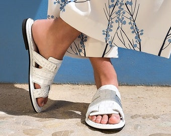 White Textured Leather Flat Shoes, Women Handmade Rounded Toe Sandals,  Flats Slip On Style