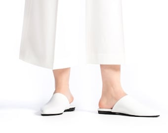 30% off Summer Sale, White Slides Sandals, Mules Shoes, Wedding Flats, Flat pointy shoes, Slides, Moroccan Flats, Leather flats