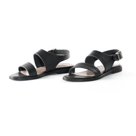 9773bada4fe6b4 EN VENTE ! Noir sandales en cuir, deux sangles sandale, sandale, sandale,  les chaussures de femmes, grec sandales à la main, sandales à lanières, ...