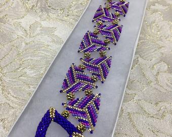 Delica Bead Triangles Bracelet