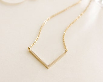 Simple V Charm Dainty Necklace ~Silver / Gold - minimal simple jewelry
