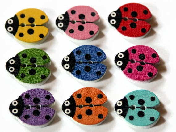 """28L Novelty polka dot round buttons in various colours size 18mm 11//16/"""""""