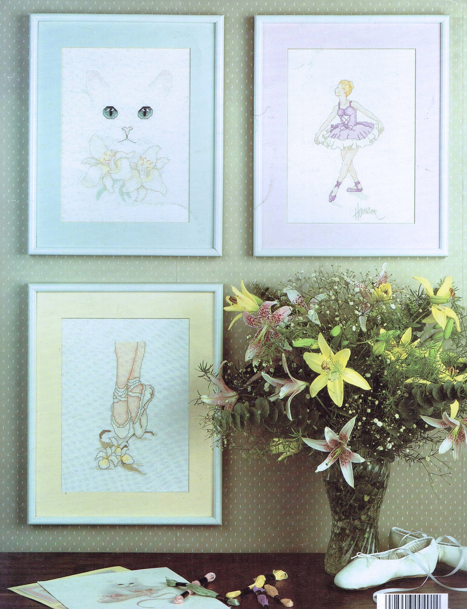white persian cat & ballet shoes cross stitch pattern - animal cross stitch - leisure arts 401