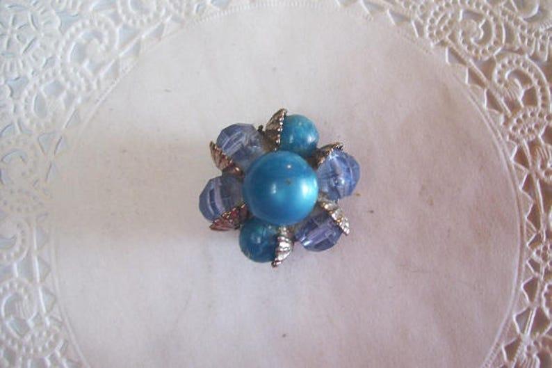 Blue Beaded Magnet - Beaded Refrigerator Magnet vintage earrings vintage jewelry 843 blue beaded earrings office magnet