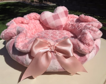 Poochy's Peachy Keen!:  Ultra plush peach fleece in checkered peach/apricot shades paired with peach rosette Minky.