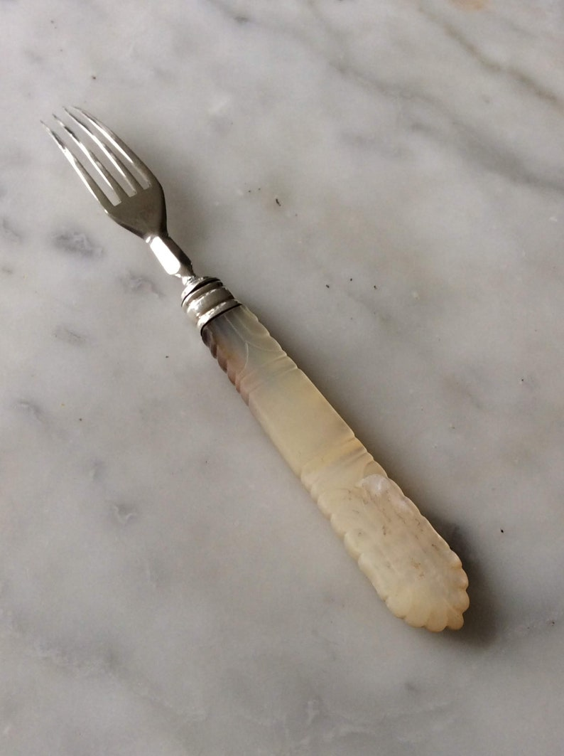 Fork English Sterling Silver Victorian with Real Mother of Pearl 103890E