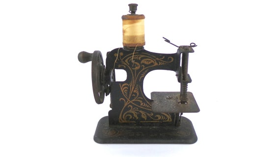Antique German Sewing Machine Childs Sewing Machine Vintage Etsy Fascinating German Sewing Machine