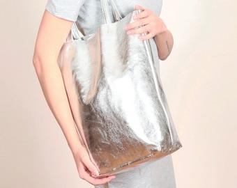 Silberne Ledertasche, silberne Tote Bag, Ledertasche silber, Shopper silber, metallisches Leder,Schultertasche TOTE BAG SILBER