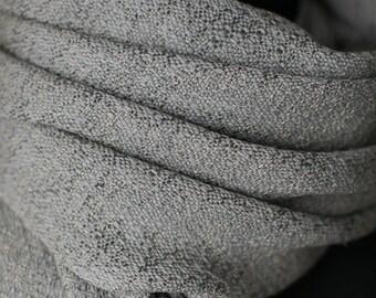 Handwoven stole. Weaving. Handmade. Cotton. Silk. Casmere
