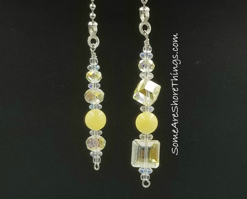 Ceiling Fan and Light Pull Chain Set.  Light Yellow Glass image 0