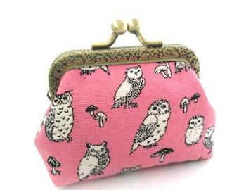Pink frame coin pouch cotton linen fabric owl print, bronze kiss lock clasp purse metal frame purse