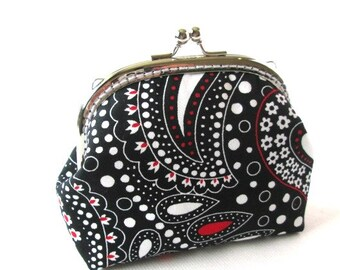 Frame purse with black white flower cotton fabric, silver kiss lock clasp paisley frame clutch bag, metal frame pouch, makeup bag