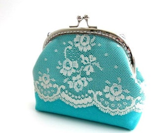 Medium teal frame purse, blue green pouch with beige lace, silver kiss lock clasp bag, frame clutch teal color, coin bag