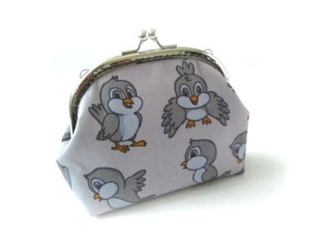 Grey frame coin purse grey bird cotton fabric, silver kiss lock clasp, gray frame clutch bag, snap frame purse, grey pouch