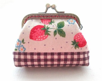 Strawberry frame coin pouch, cotton linen fabric, bronze kiss lock clasp purse metal frame purse
