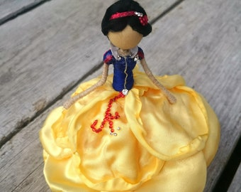 Snow White ~ Princess Bendy Doll ~ Designer Waldorf Flower Dolls ~ Rose Figurine Red Blue Yellow ~ Tiny Doll Charm Fairy
