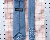 Dean Men's Skinny Necktie Classic point-end - Solid medium indigo blue Neck tie