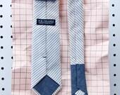 Boyd Men's Skinny Necktie Classic point-end - Railroad stripe ivory white navy Neck tie