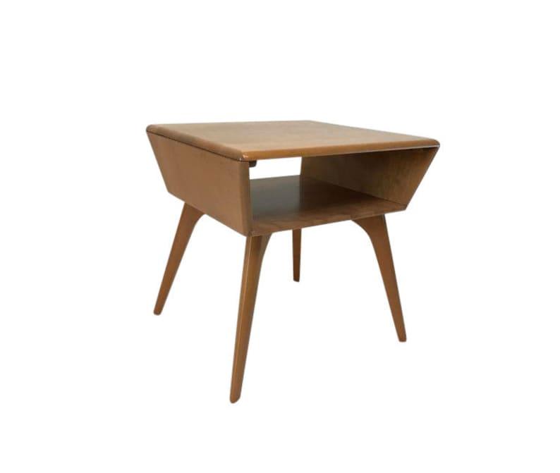 Heywood-Wakefield Lamp Table image 0
