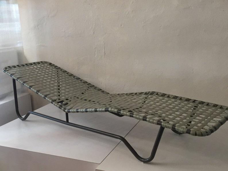 Pair of Early Brown Jordan Lounge Chairs image 0
