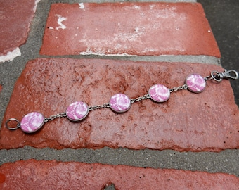 PiNk DaMaSk BraCeLet with iNDuStRiaL tOggLe CLaSp