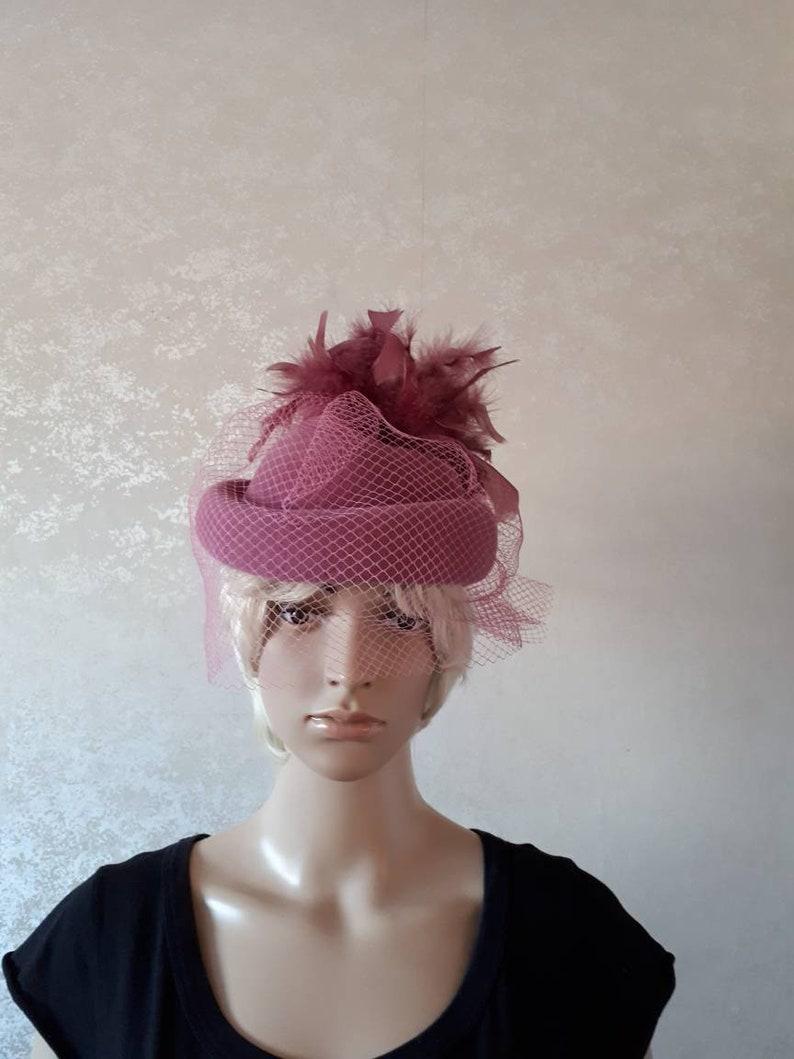 1970/'s pillbox hat 70/'s vintage hat 70/'s pink hat mother of the bride hat feather detail Connoi vintage hat face net