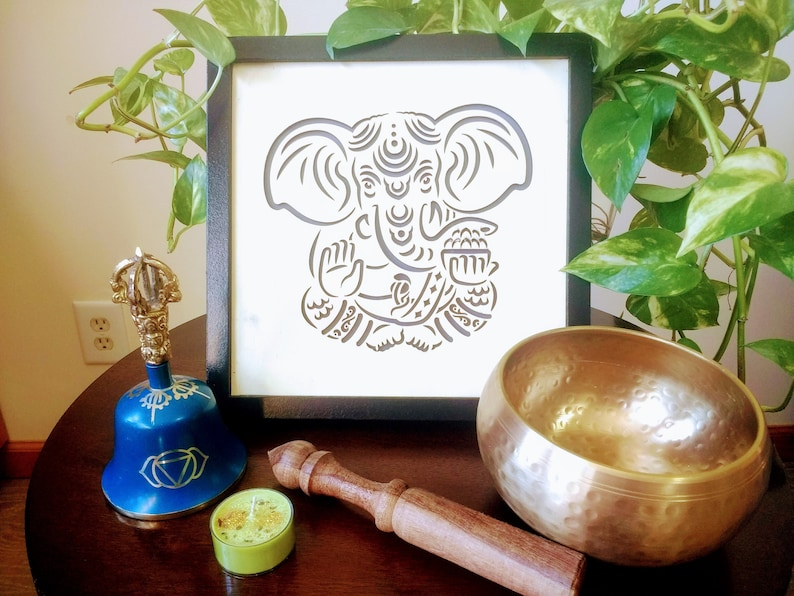 Méditation Noir Bois En S'allume GaneshaCadre De Seigneur Chakra Led QBedCxorWE