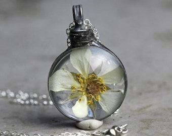 Flower Necklace - Botanical Jewelry - Strawberry Flower - Soldered Glass Pendant - Terrarium Necklace